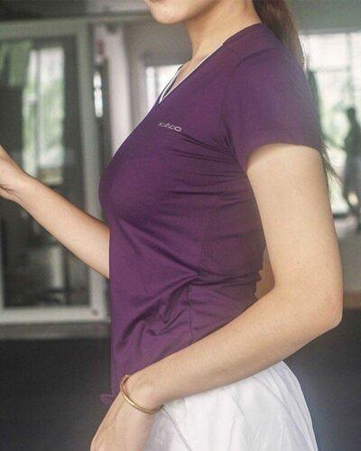 Áo ngắn tay thể thao nữ cổ tim HY12