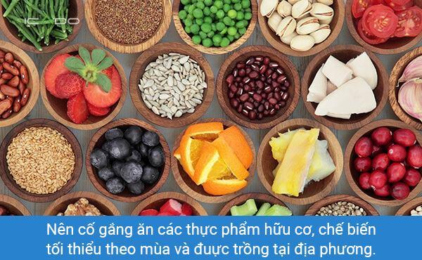 Theo truyền thống, chế độ ăn kiêng là ăn chay, nhưng điều quan trọng hơn làgiảm thiểu protein động vậtvà ăn nhiều trái cây, rau, ngũ cốc và các loại đậu giàu dinh dưỡng