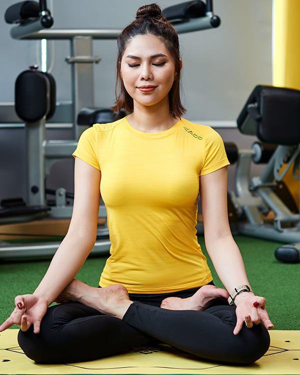 Áo thun tập yoga nữ cổ thuyền ICADO AT6